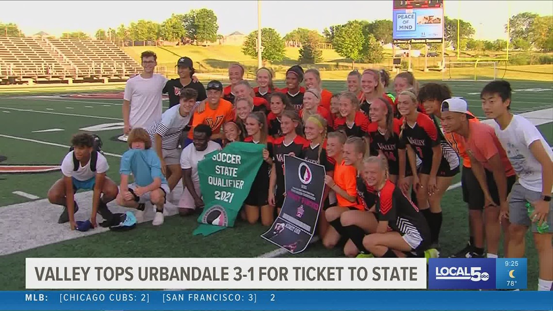 WDM Valley girls soccer heading to state after 3-1 win over Urbandale