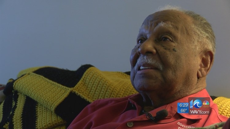 Tuskegee Airman talks about battles at home during WWII