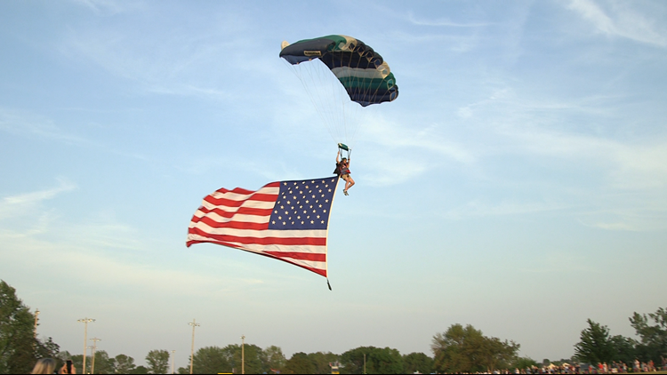 Celebrating independence at 6,000 feet: Skydivers close out Waukee's Fourth of July celebration