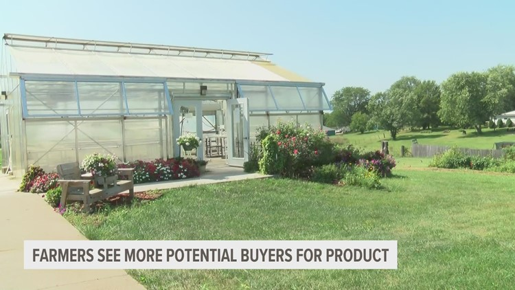 How one online farmers market is helping a Des Moines metro farm thrive