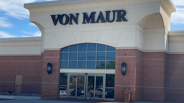 Report: Von Maur leaving Valley West Mall
