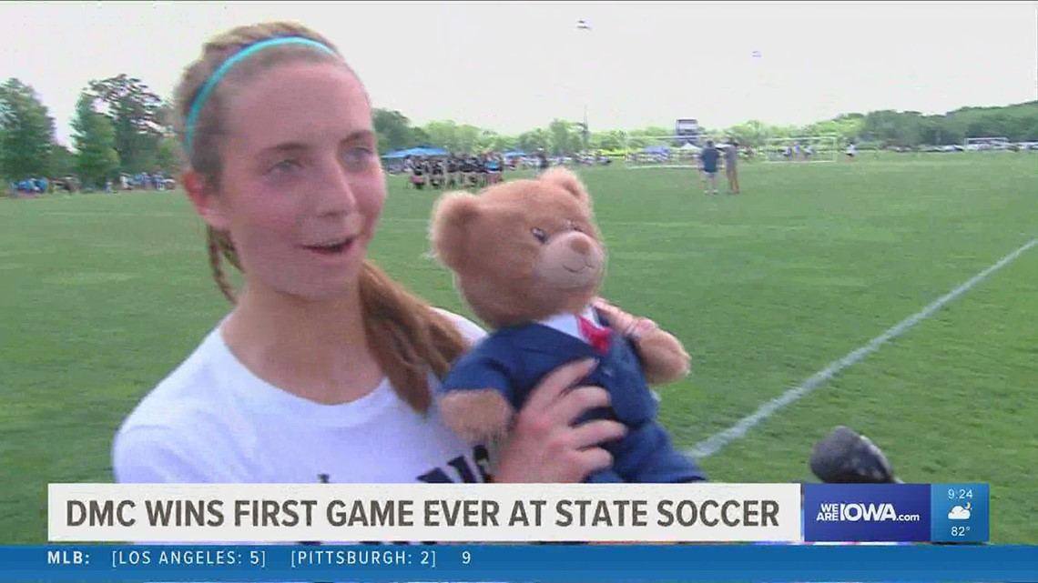 Iowa High School Girls State Soccer: 9 central Iowa teams advance to semis on Day 1