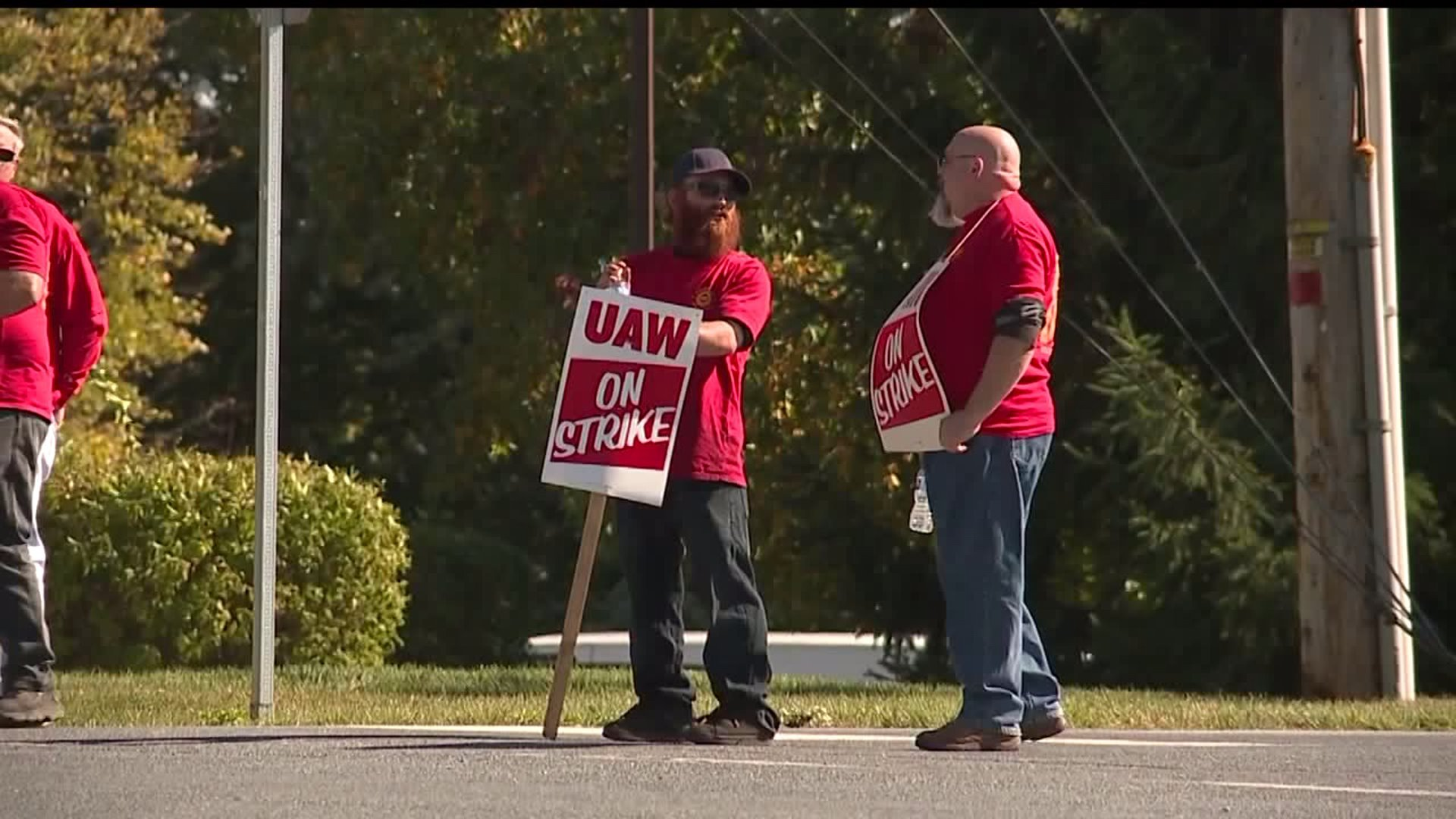 Mack Trucks workers continue strike in Dauphin County