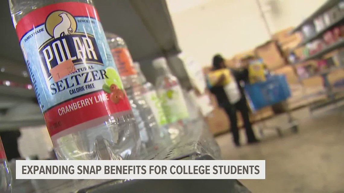 Expanding SNAP benefits for eligible college students in Pennsylvania