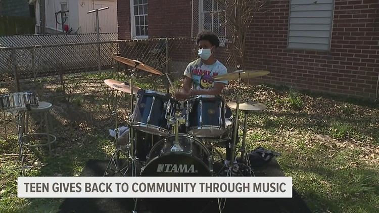 York teen gives back to community through music