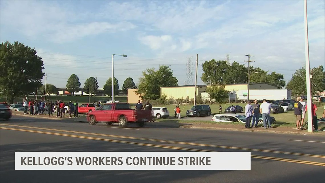 U.S. Secretary of Labor to visit union leaders, strikers outside Kellogg's plant