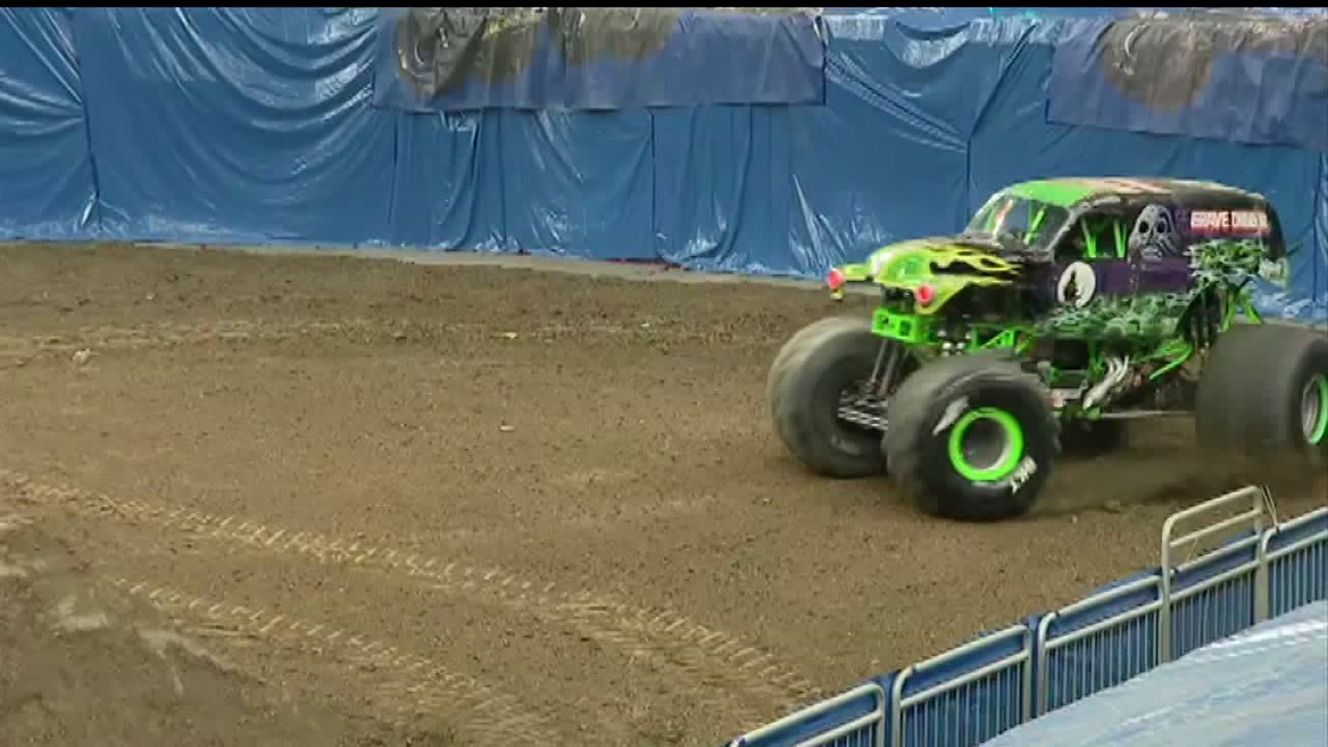 Monster Jam 2020 Is Rolling Into An Arena Near You Fox43 Com