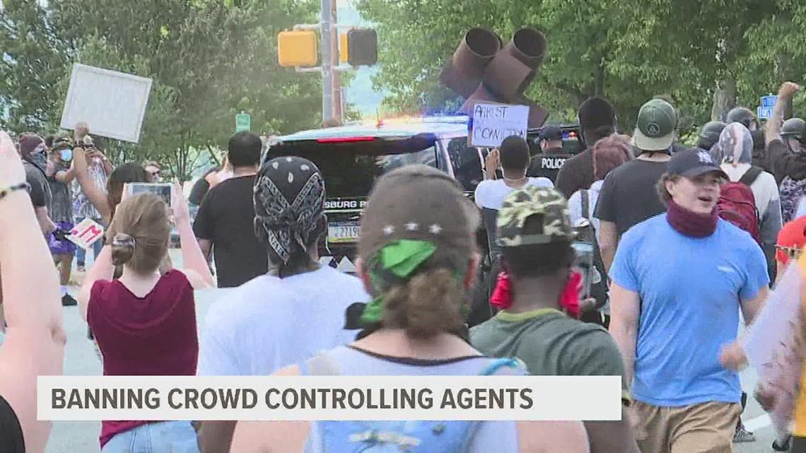 State lawmaker plans to introduce legislation to ban police from using crowd-controlling agents