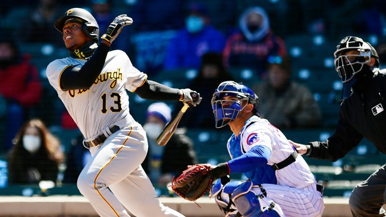 Pirates place 3B Hayes on IL with left wrist strain