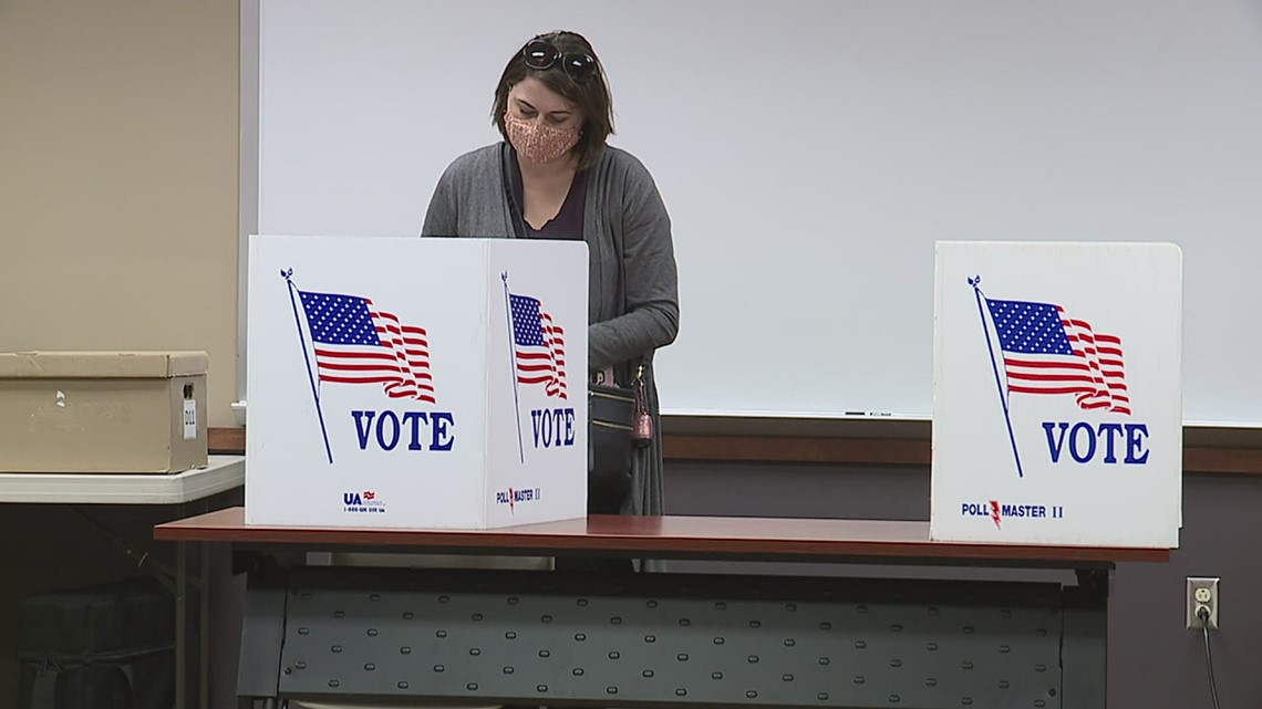 Scott County Democrats collect 2000 signatures in special election push, getting help from state Dems