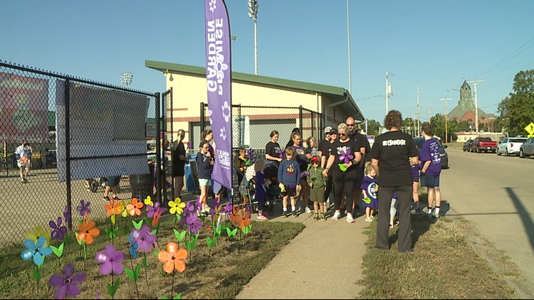 Friends, family come together to walk to end Alzheimer's
