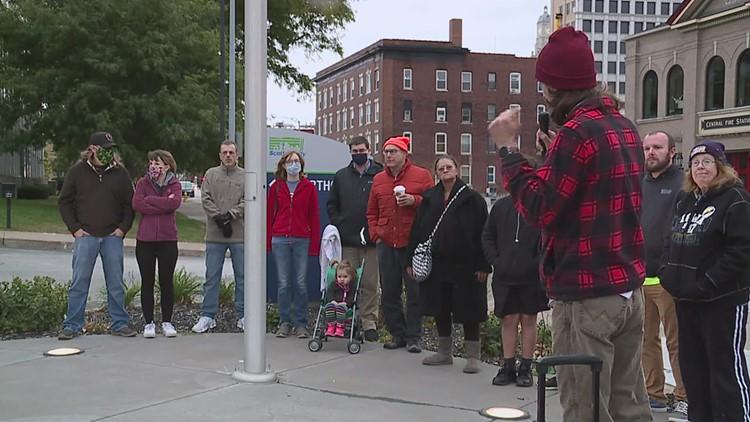 Community rallies against John Deere Davenport Works injunction