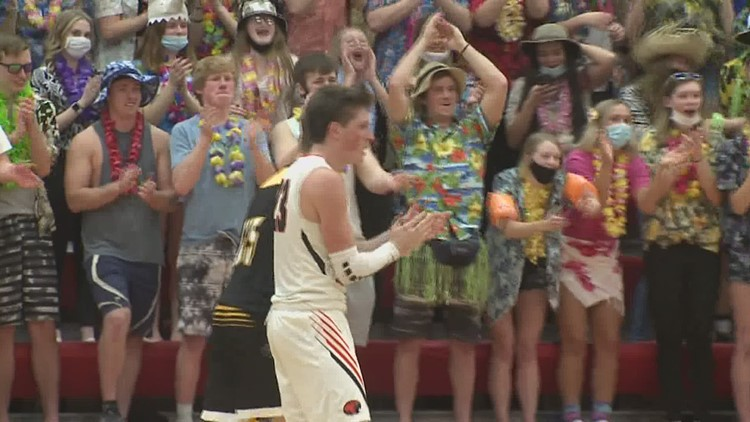 Easton Valley stays perfect as they head to state