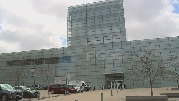 Essential workers get a free pass to the Figge Art Museum all week long