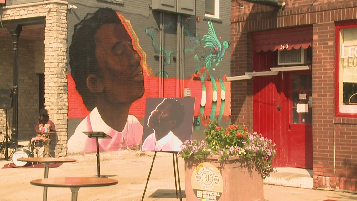 High school student's nationally-recognized artwork gets turned into Rock Island mural