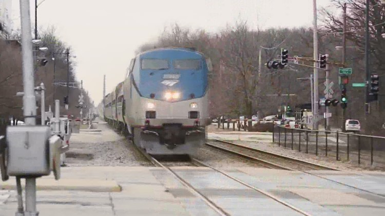 Amtrak from Moline to Chicago: A decade of promises and still no train