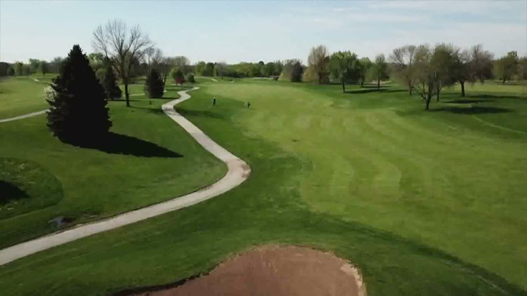 Golf season official opens at Highland Springs and Saukie Golf Course in Rock Island
