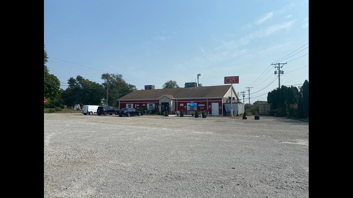 COMING SOON: New Breakfast Spot in Bettendorf Now Hiring