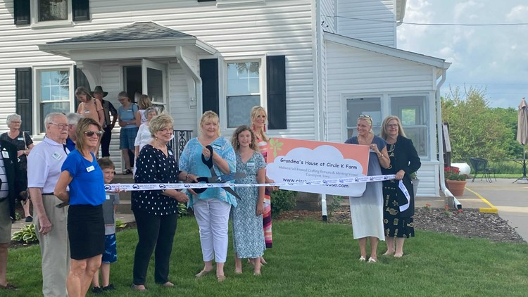 Self-hosted craft retreat venue opens in Davenport