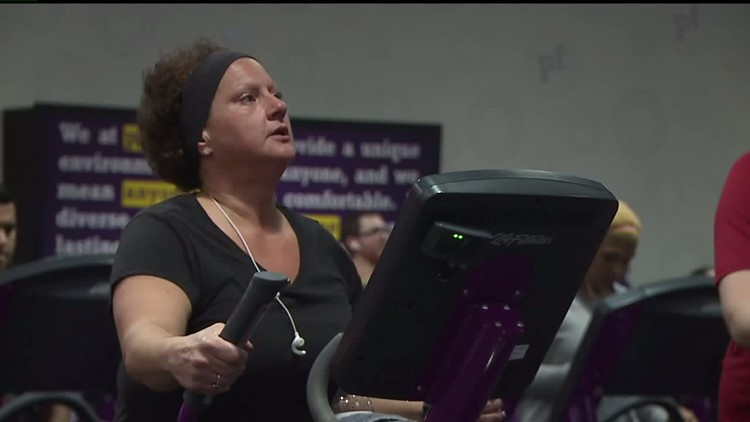 Let's Move Quad Cities: QC woman continues 150-pound weight loss journey despite major setbacks