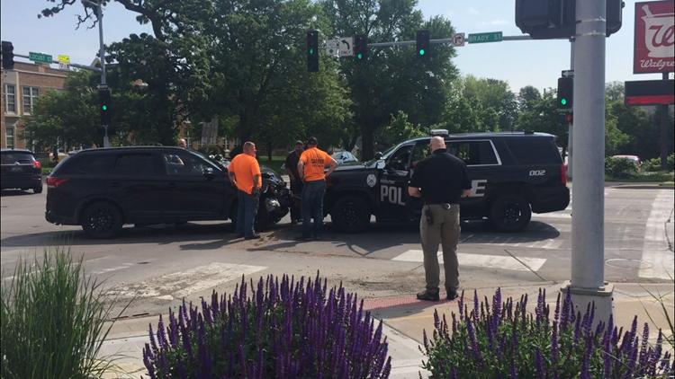 Stolen vehicle crashes into police cruiser in Davenport