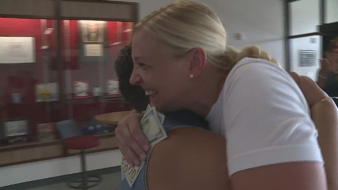 Pay It Forward: Muscatine teacher takes in foster children in need of home