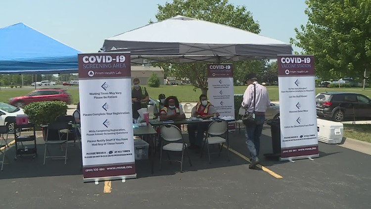 Pop-up vaccination clinic in Rock Island fails to draw a crowd