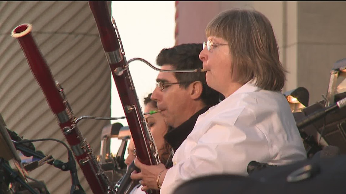 The Quad City Symphony Orchestra Is Selling Group Tickets For Their Riverfront Pops Concert