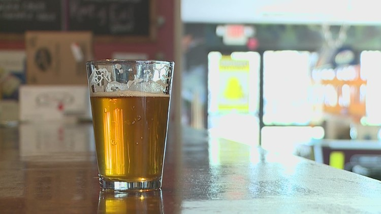 Illinois craft brewers introduce 'BEER Act' for more self-distribution privileges