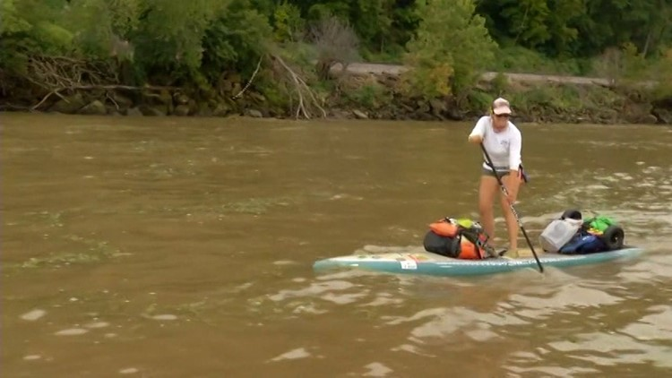 Woman paddling full length of Mississippi River travels through the QC