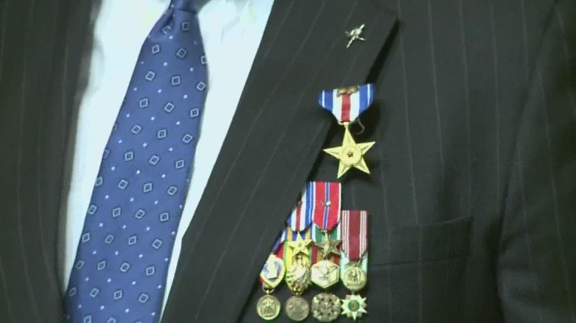 Man pushes for Bill Albracht to receive Medal of Honor