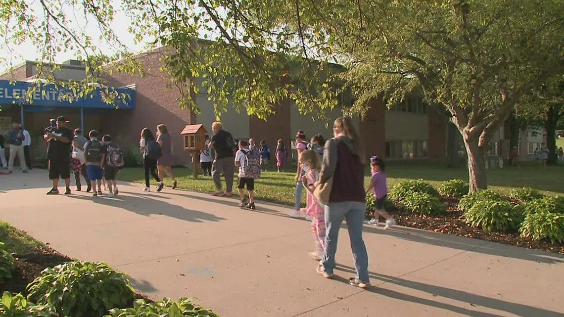 Rock Island-Milan students head back to the classroom full time