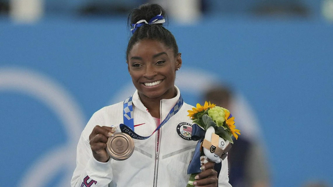 Simone Biles sticks landing in balance beam, delivers in Olympic performance