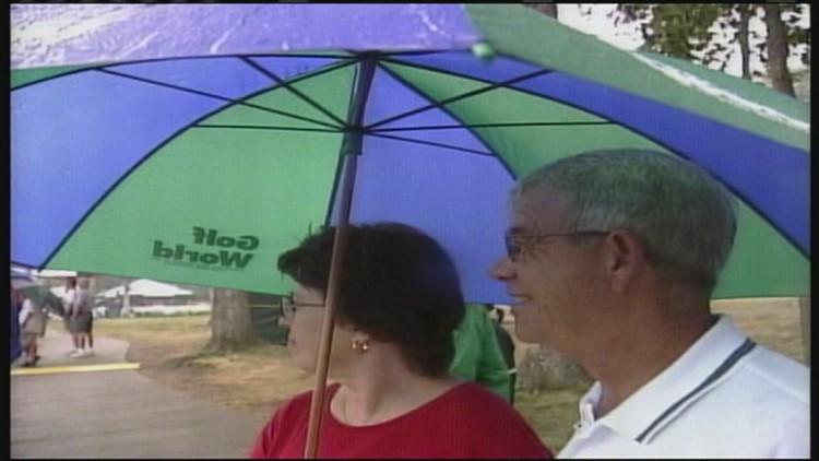 JDC Lookback: Fans in the rain (2003)