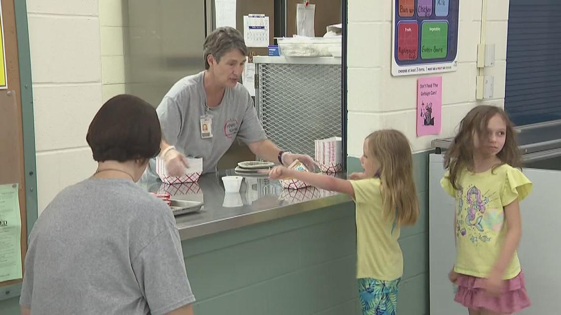 Davenport Schools begin summer meals program