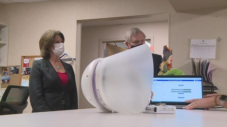 Bustos, Vilsack tour Hammond-Henry Hospital, announce rural broadband expansion