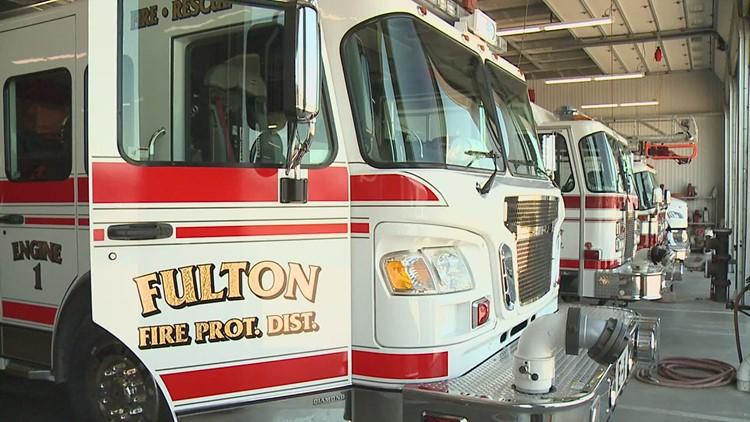 Fulton fire fighters help fight massive Rockton, Illinois chemical plant fire