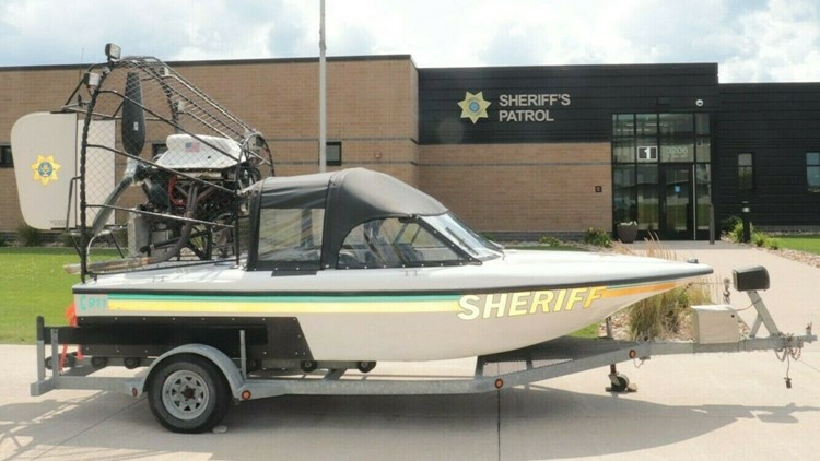 Scott County Sheriff's Office puts airboat up for auction