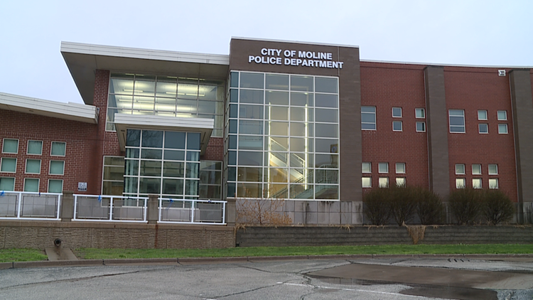 Police complete investigation into video showing Moline football player being harassed