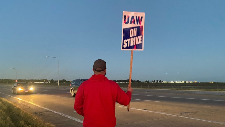 UAW members go on strike after not agreeing to contract with John Deere