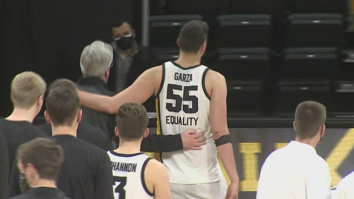 Iowa Hawkeye Luka Garza becomes school's all-time leading scorer