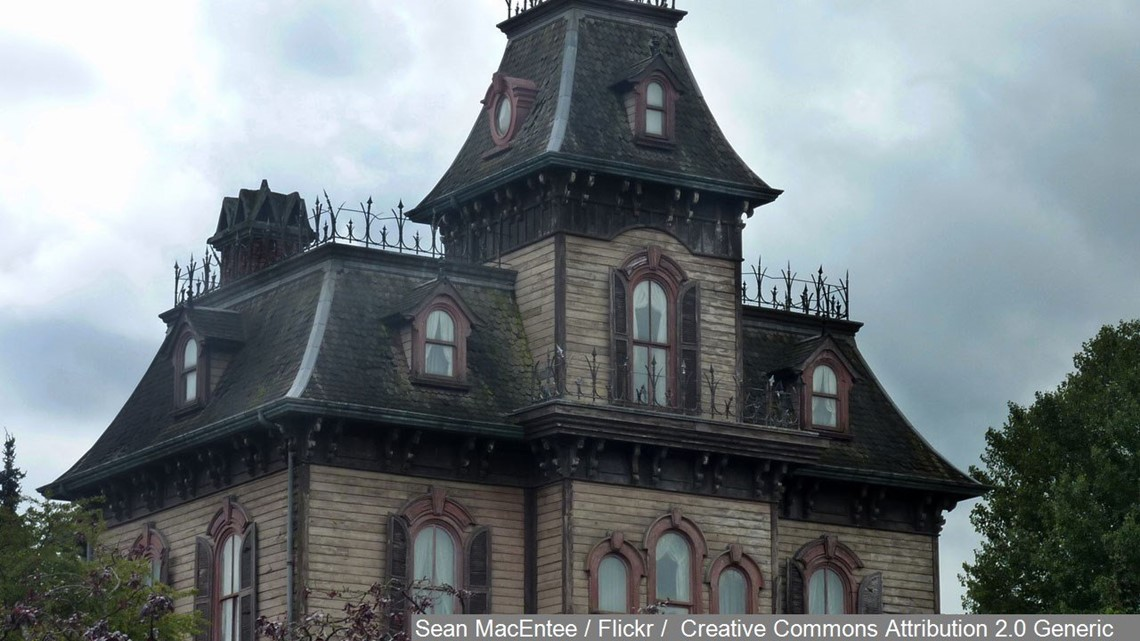10 Best Haunted House Attractions Across The Us In 2019 Wqad Com