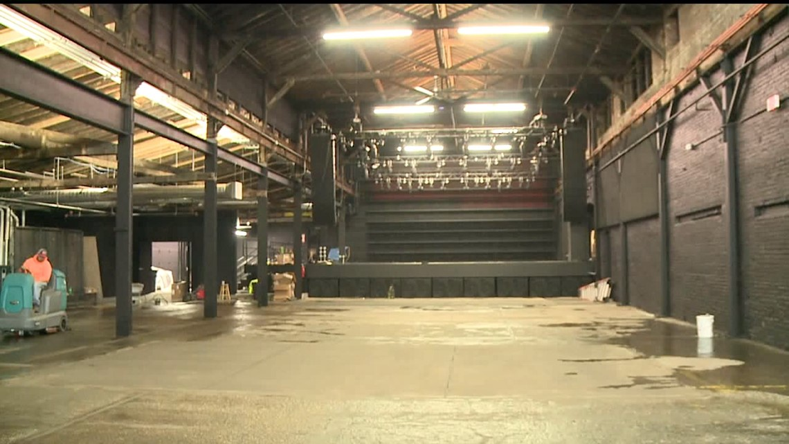 Crews put final touches on East Moline`s newest music venue