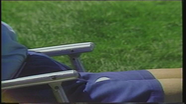 JDC Lookback: Ball lands in fan's lap (1986)