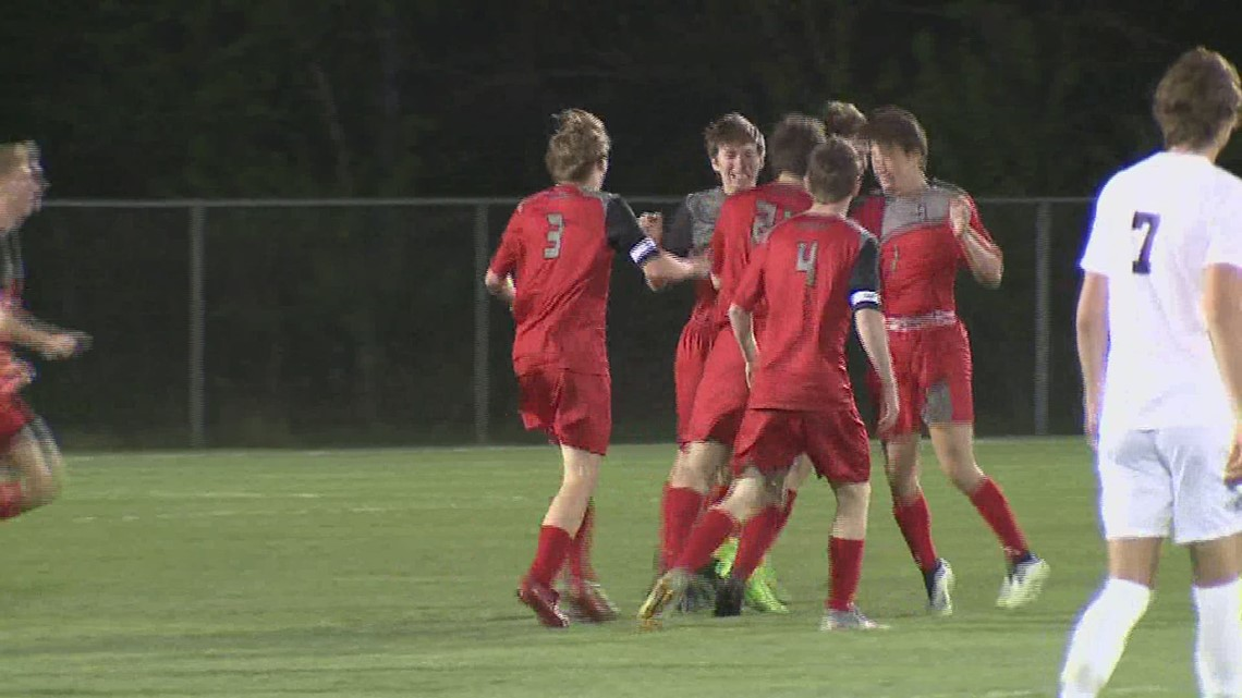 North Scott upsets Pleasant Valley on the pitch