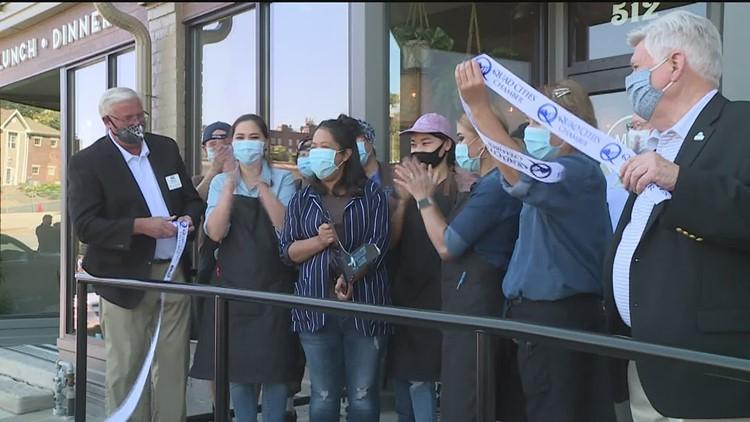 A new Viet-Thai Restaurant is now open in Davenport