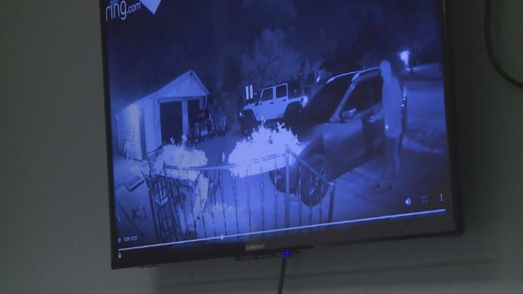 Kewanee Police: Teenagers break into cars, attack man
