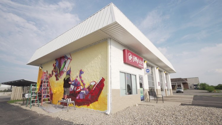 Artists create murals with a meaning on Indianapolis Jiffy Lube shops