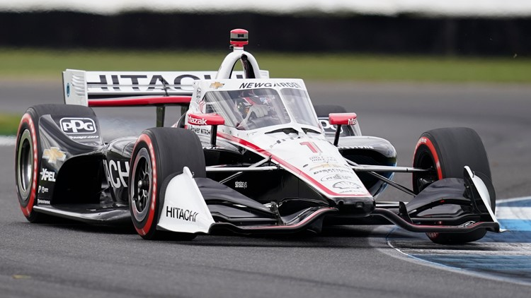 IndyCar moves season opener back to April 18