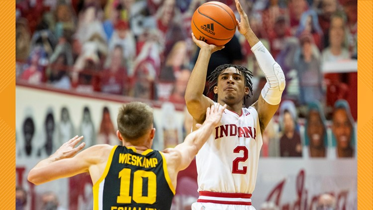 Franklin's late shot sends Indiana past No. 8 Iowa 67-65